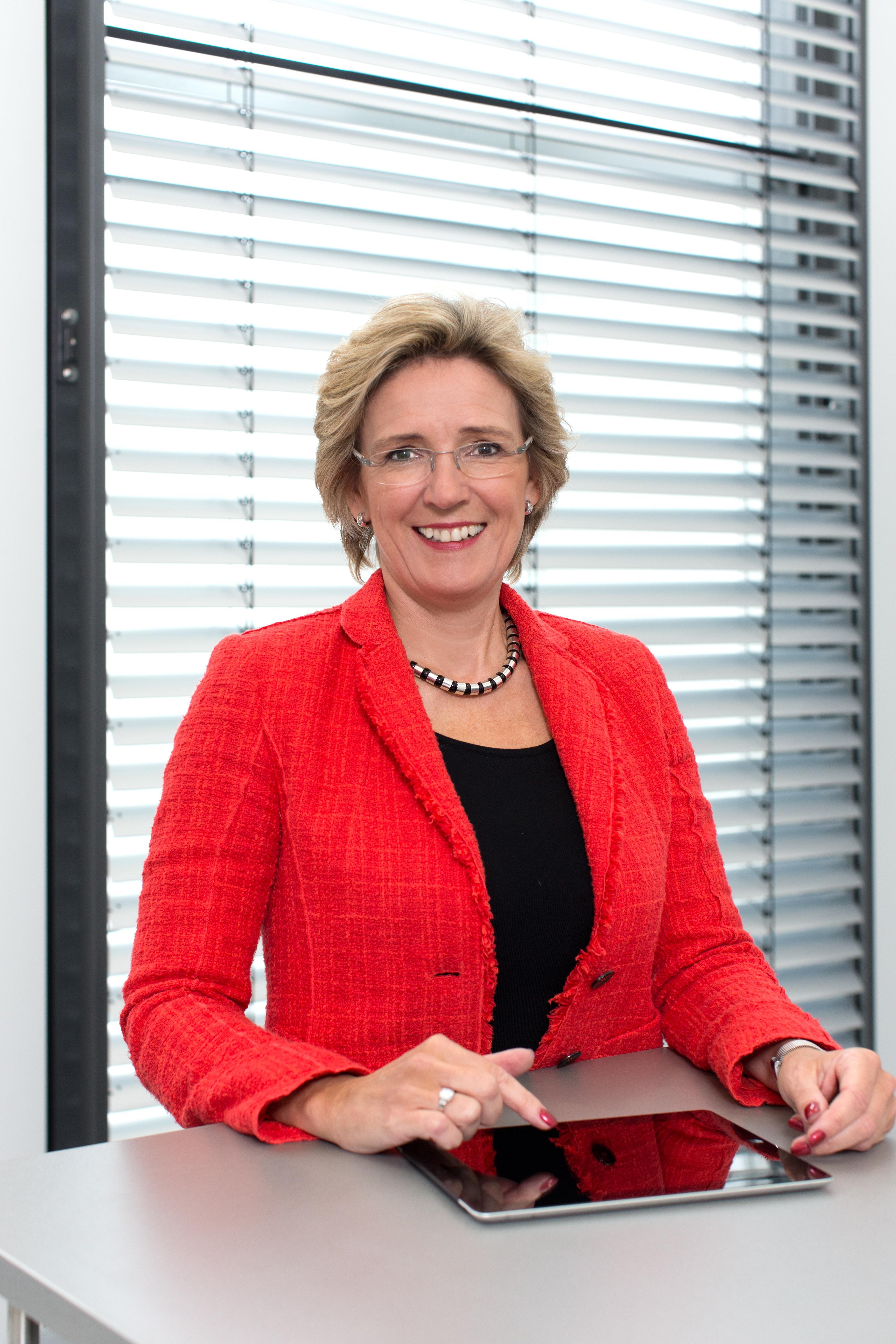 Angelique  Renckhhoff-Mücke leitet Warema seit 15 Jahren. Der deutsche Hidden Champion ist Weltmarktführer für Sonnenschutzsysteme.