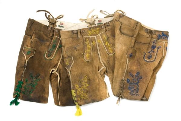 Lederhosen von Meindl: Sie werden nach einem uralten Verfahren gefertigt.