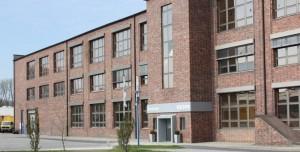 Firmensitz von Reiss in Bad Liebenwerda: Er soll bald erweitert werden (© Reiss Büromöbel GmbH)