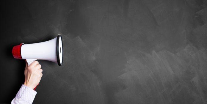 Wer spricht? In der Eigenverwaltung muss die Kommunikation gut geregelt sein (© fotolia/fotogestoeber)