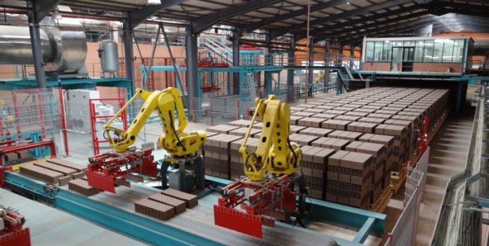 Anlagen von Hans Lingl: Sie produzieren für die keramische Industrie (© Lingl Anlagenbau und Verfahrenstechnik GmbH & Co. KG)