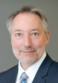 Prof. Dr. Christoph Schalast (© privat)