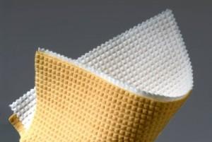 Vliesstoff mit Know-how: Seit 30 Jahren entwickelt Norafin seine Produkte weiter. (© Norafin)