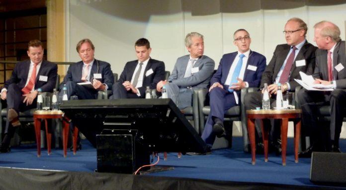 Branchenexperten diskutieren über den M&A und Private Equity Markt 2016.