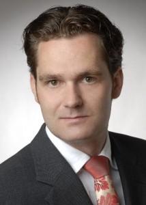 Dr Alexander Bolz