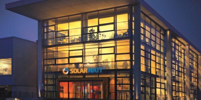 Firmenzentrale in Dresden: Seit 2014 wächst die Zahl der Beschäftigten wieder.
