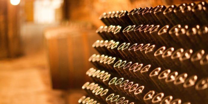 Weinkultur: Bislang sorgten vor allem Familienbetriebe für die guten Tropfen. Doch die Nachfolge ist komplizierter geworden.