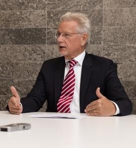 """Dr. Manfred Wittenstein: """"Die Frage war, wie wir die zeitliche Lücke überbrücken könnten."""""""