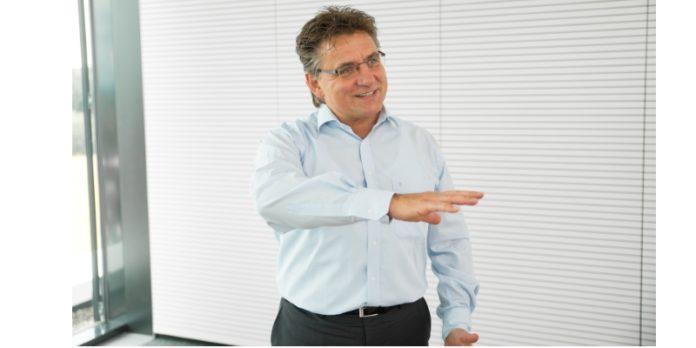 Eckhard Hörner-Marass von der Manz AG: Nach Jahren der Krise will er das Unternehmen wieder als internationalen Hightech-Maschinenbauer etablieren.