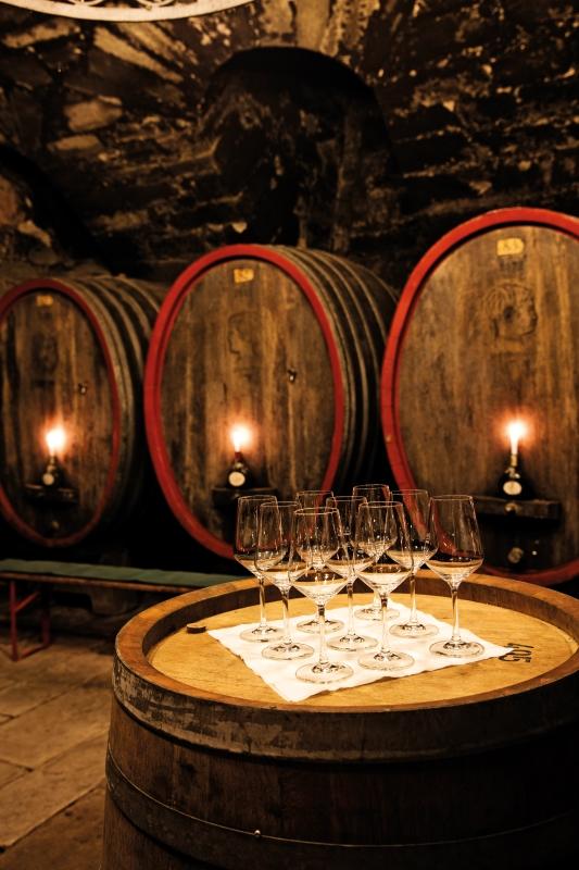 Weinkeller des Fürstlich Castell´schen Domänenamts: Neben dem Bankgeschäft ist Fürst Ferdinand auch im Weinbau aktiv.