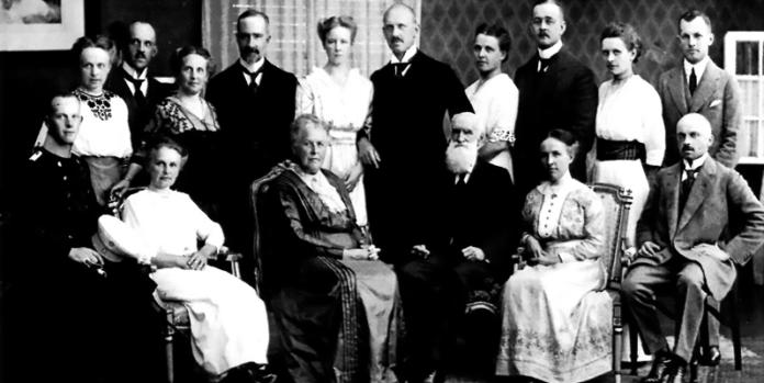 Foto der Familie Dresler: Sie prägten als eine Generation das älteste Familienunternehmen Deutschlands (Gründungsjahr 1502). Heute heißt es The Coatinc Company.
