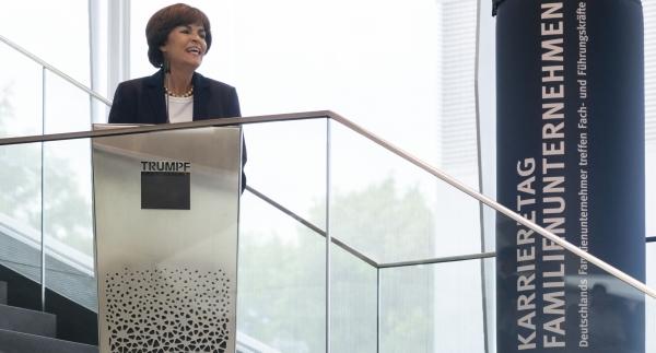 Gastgeberin Nicola Leibinger-Kammüller: Das Profil abseits der Qualifikation ist auch wichtig.