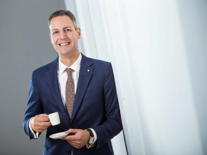 Dr. Marc Beimforde: Im Interview spricht er über seine schwierigen Erfahrungen mit einem Private Equtiy Investor und die Ziele von Coffee Perfect im Markt für betriebliche Kaffeeautomaten. @ CP Group GmbH