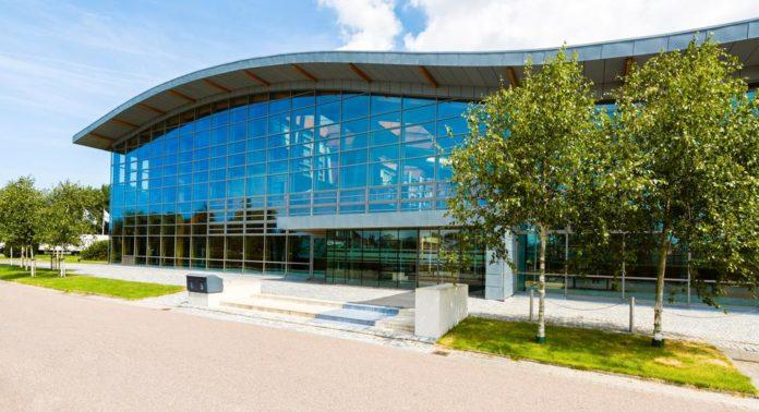 Die Viessmann Group, ein international führender Anbieter von Klimalösungen für Wohngebäude und Gewerbe, steigt beim Gewächshausspezialisten Priva ein.
