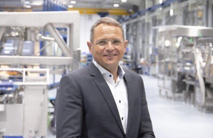 Zum 1. April 2021 wurde mit Karl-Heinz Mayer die neu geschaffene Position des Bereichsleiters Global After Sales bei Weber Maschinenbau besetzt.