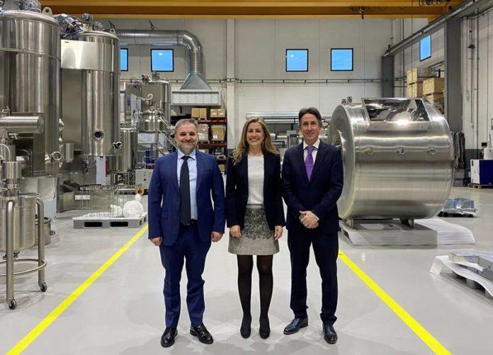 Die Romaco-Gruppe erwirbt eine Mehrheitsbeteiligung am spanischen Unternehmen STE Tecpharm, S. L. und stärkt seine Position als Prozesstechnikanbieter.