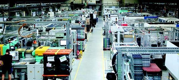 Das Münchner Familienunternehmen iwis hat dieSöhner-Gruppe, ebenfalls ein Familienunternehmen und Spezialist für hochpräzise Hybridbauteile, erworben.