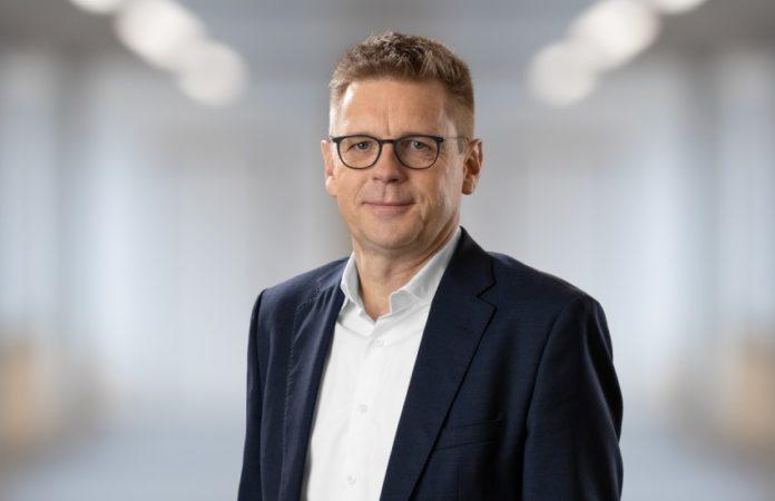 Dr. Mats Gökstorp übernimmt zum 1. Oktober das Amt des Vorstandsvorsitzenden der Sick AG. Er folgt Dr. Robert Bauer nach.