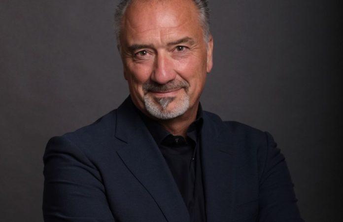 Stephan Elsner wird ab 1. November 2021 neuer Vorsitzender der Geschäftsführung bei der Baur-Gruppe und folgt in dieser Funktion auf Patrick Boos.