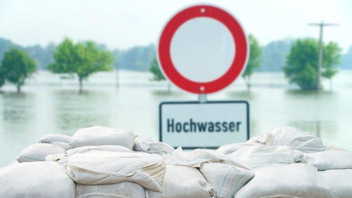 Steuererleichterungen für Hochwassergeschädigkte und Helfer