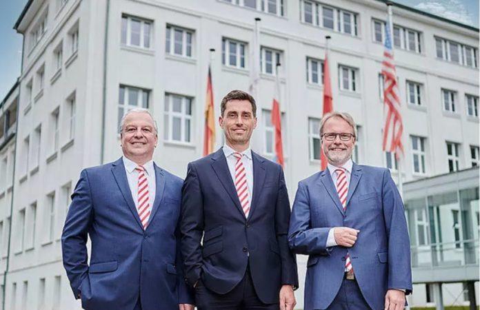 Manuel Hüsken wird das Göttinger Unternehmen in Zukunft gemeinsam mit Udo Erath (COO) und Dr. Lutz Aschke (CFO/CIO) führen.
