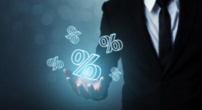 Das BVerfG hat entschieden, dass die Verzinsung von Steuernachforderungen und Steuererstattungen mit einem Zinssatz von 0,5% verfassungswidrig ist.