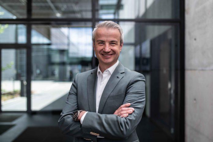 Mit Wirkung zum 1. Juli 2021 hat Michael Samtleben die Geschäftsführung der Trumpf Werkzeugmaschinen Teningen GmbH übernommen.